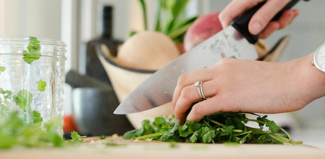 Dix astuces de naturopathe pour cuisiner équilibré quand on n'a pas le temps!